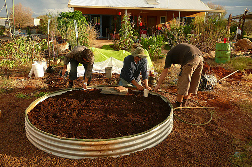 How To Make A Wicking Garden Bed Bildungsb 252 Rgertum Organic Gardening Columbia Mo